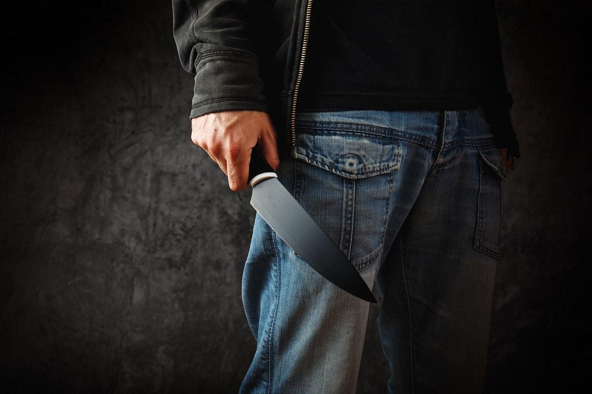 Asesino de 2 Adolescentes es Apuñalado