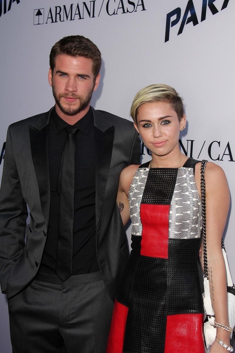 Miley Cyrus engaña a su novio