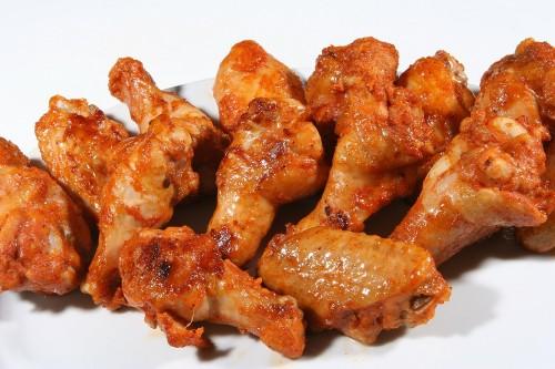 Concurso de comer alitas de pollo