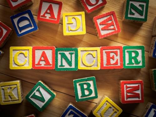Cómo ayudar a niños con cáncer