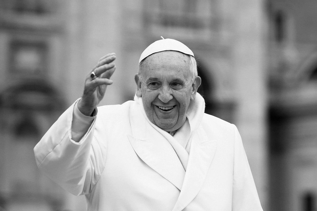 Papa Francisco bromea sobre los argentinos