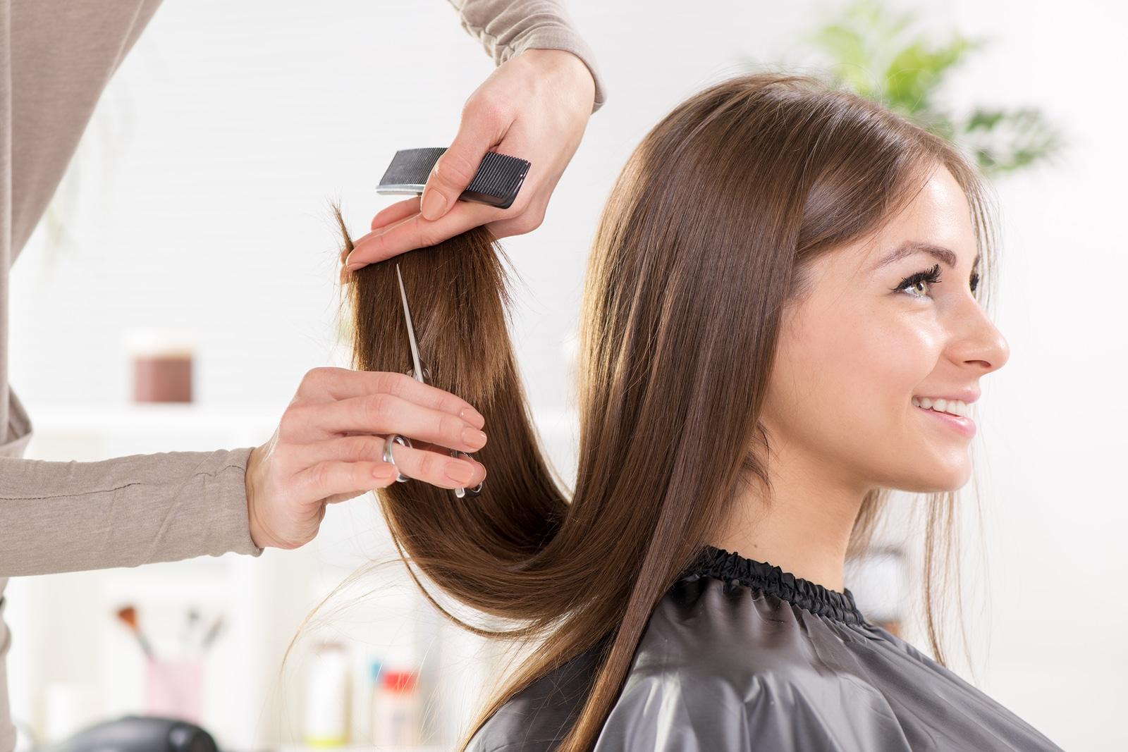 ¿Necesitas un corte de cabello?