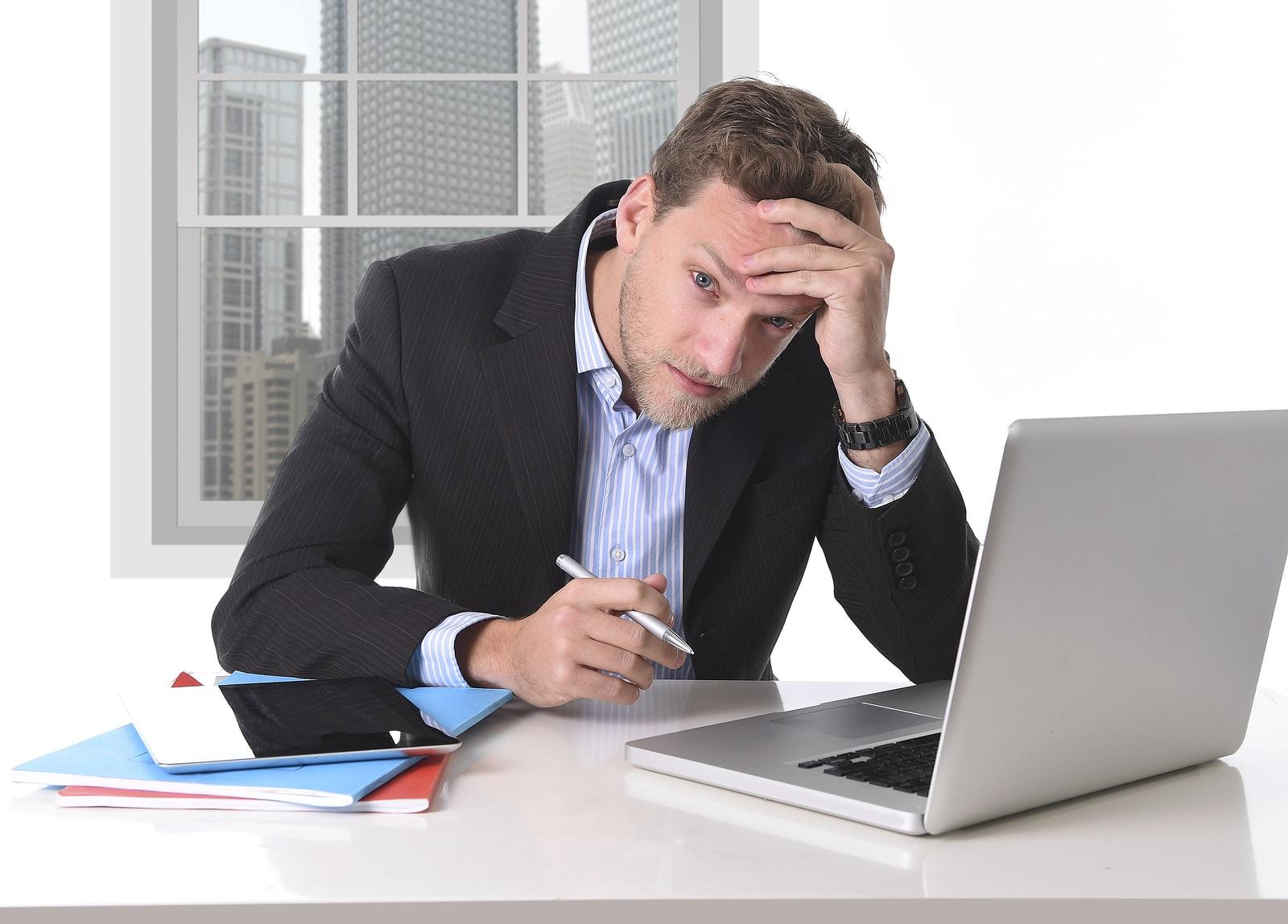 Las reglas m s frustrantes en un trabajo de oficina for Oficina de empleo calahorra