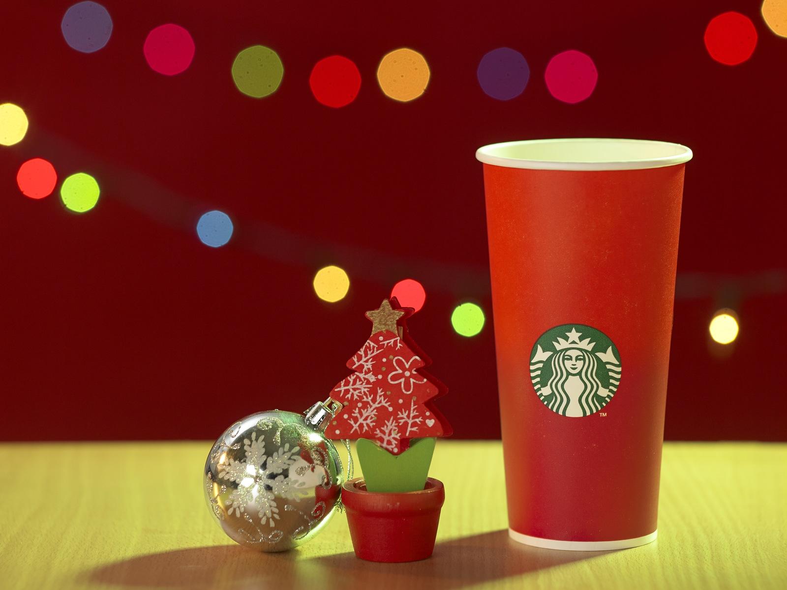 El nuevo vaso de Starbucks que está causando polémica