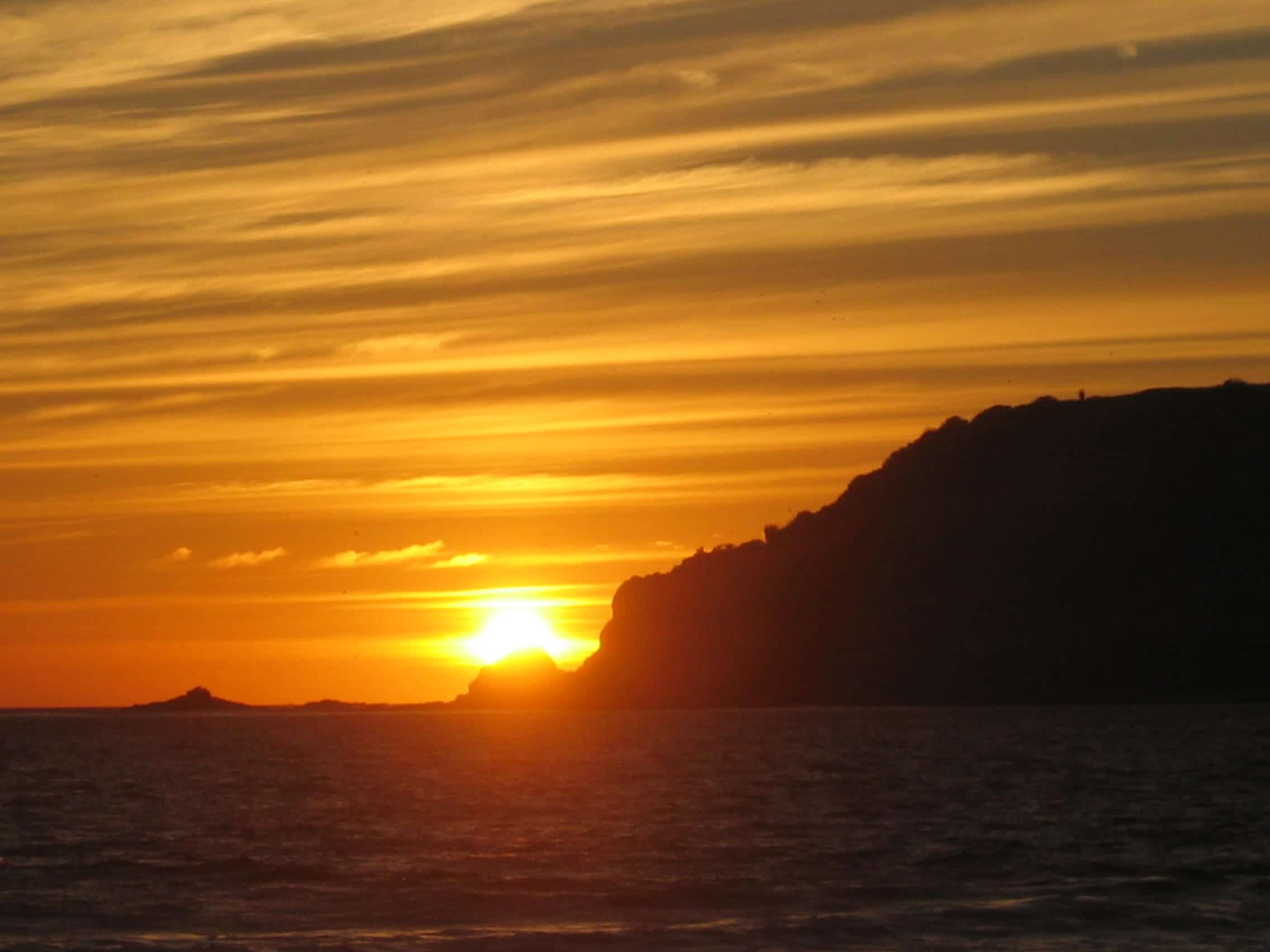 Disfruta un hermoso atardecer en la Isla de Venados