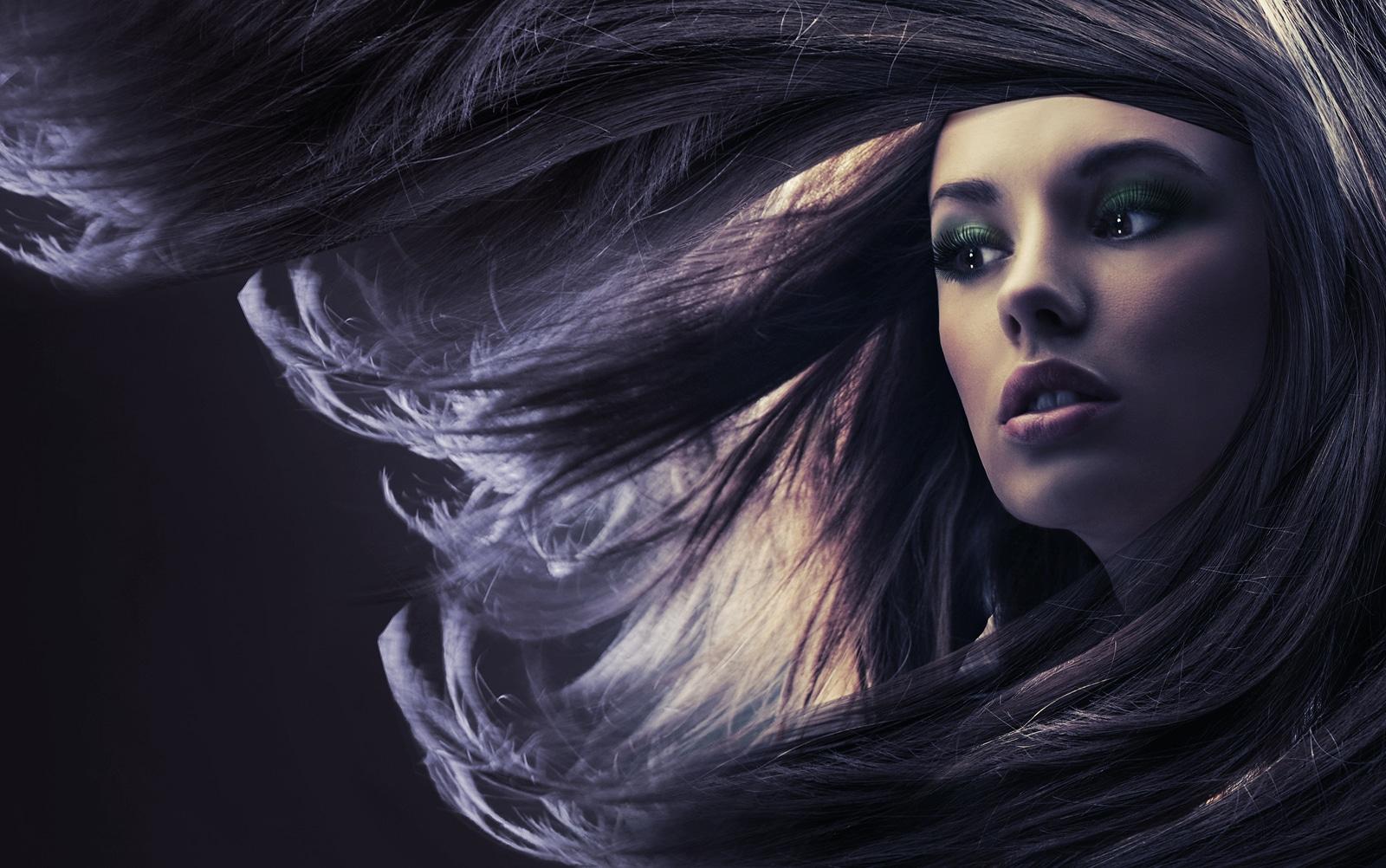 ¿Es conveniente usar aceites en el cabello?