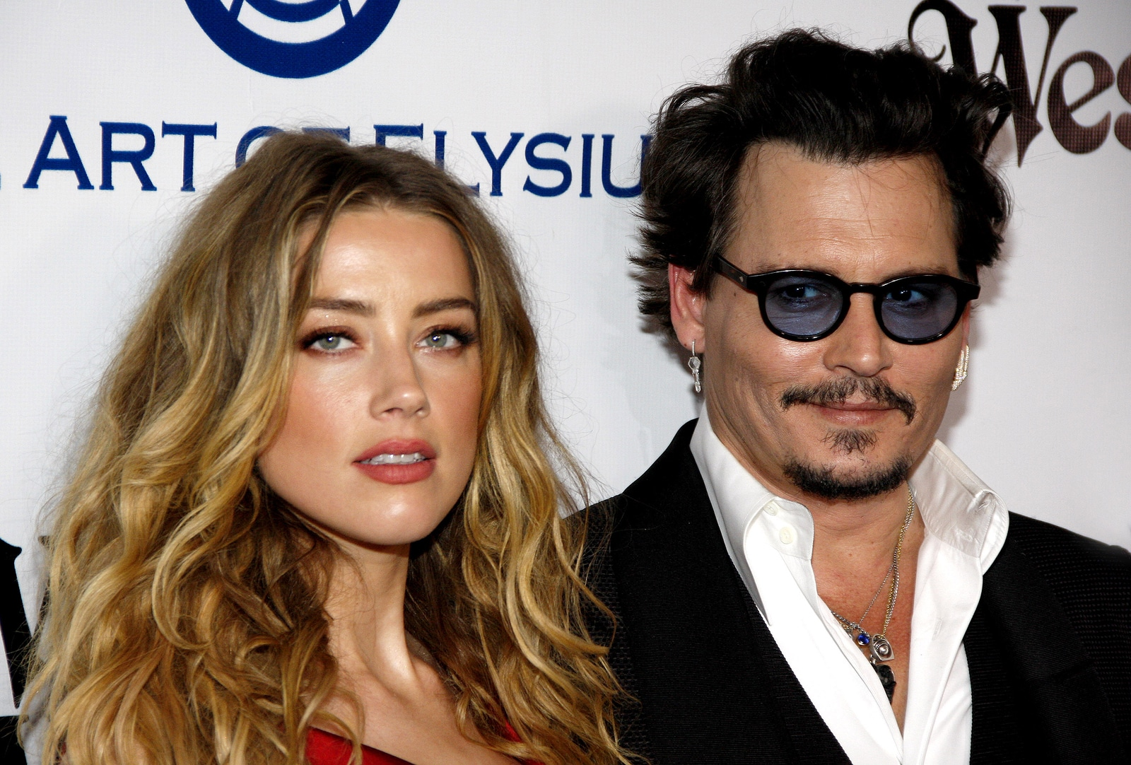 Johnny Deep y Amber Heard se divorcian