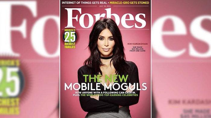 Kim Kardashian en la portada de la revista Forbes