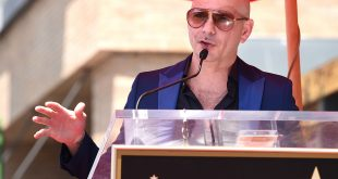 Pitbull ataca la campaña de Donald Trump
