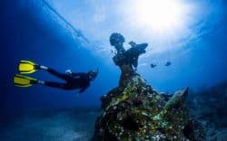Explorers Travelers Club sugiere una visita al Museo Submarino de Cancún
