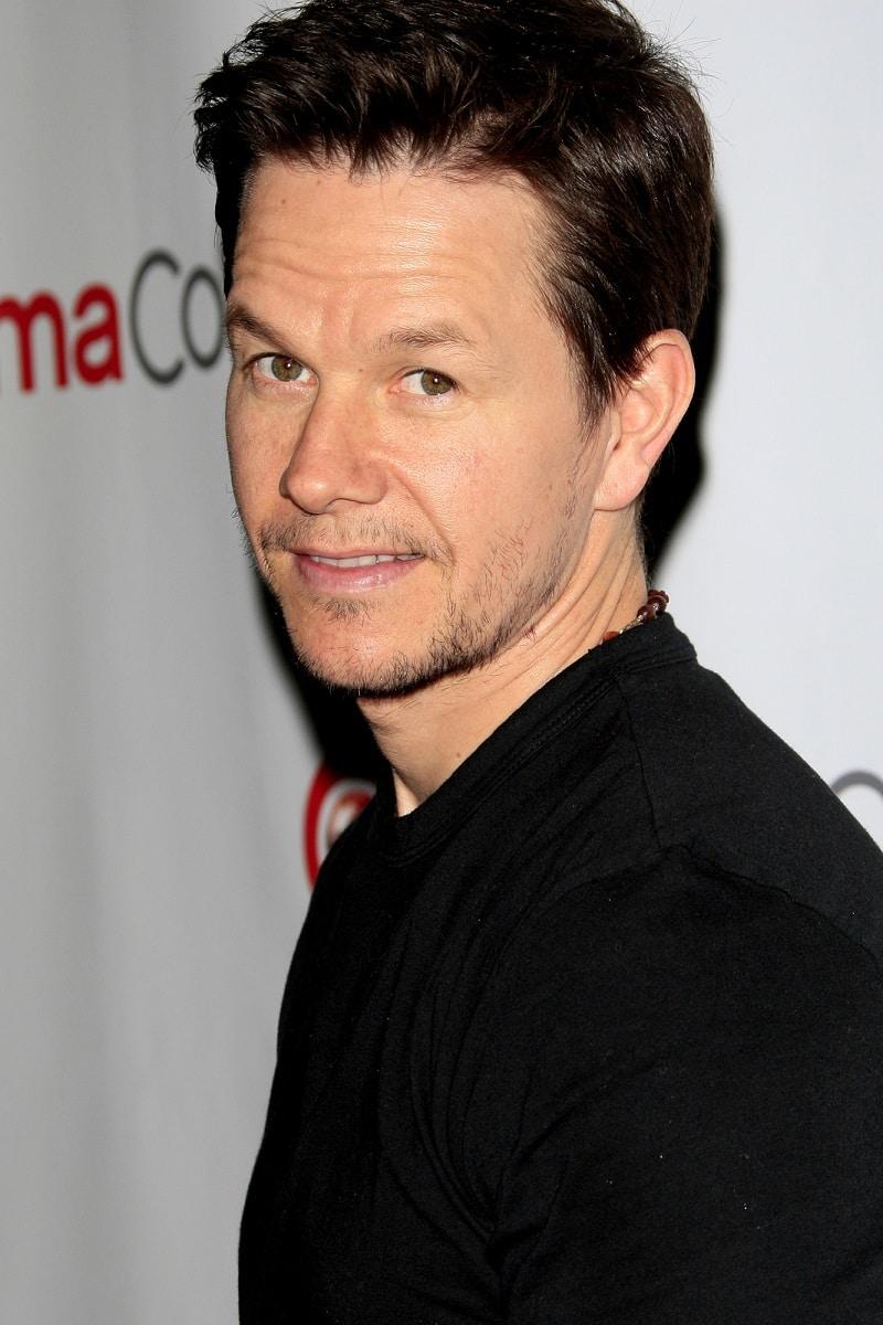 Mark Wahlberg pide perdón público
