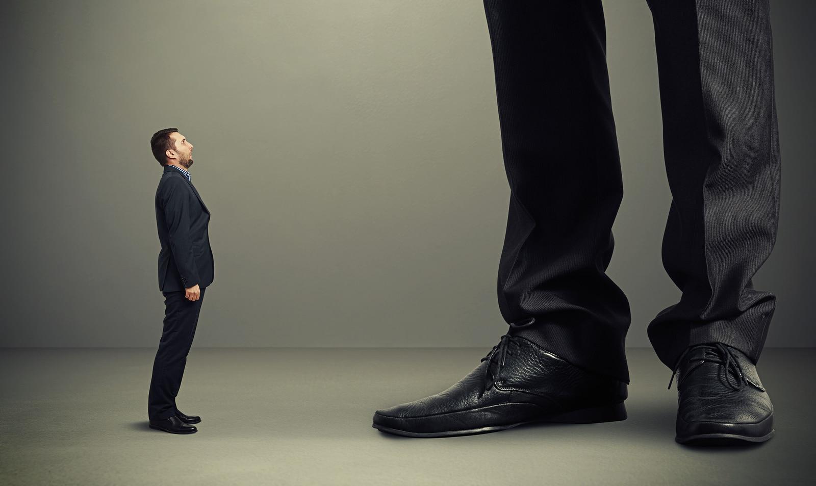 Los hombres de baja estatura mantienen relaciones más estables