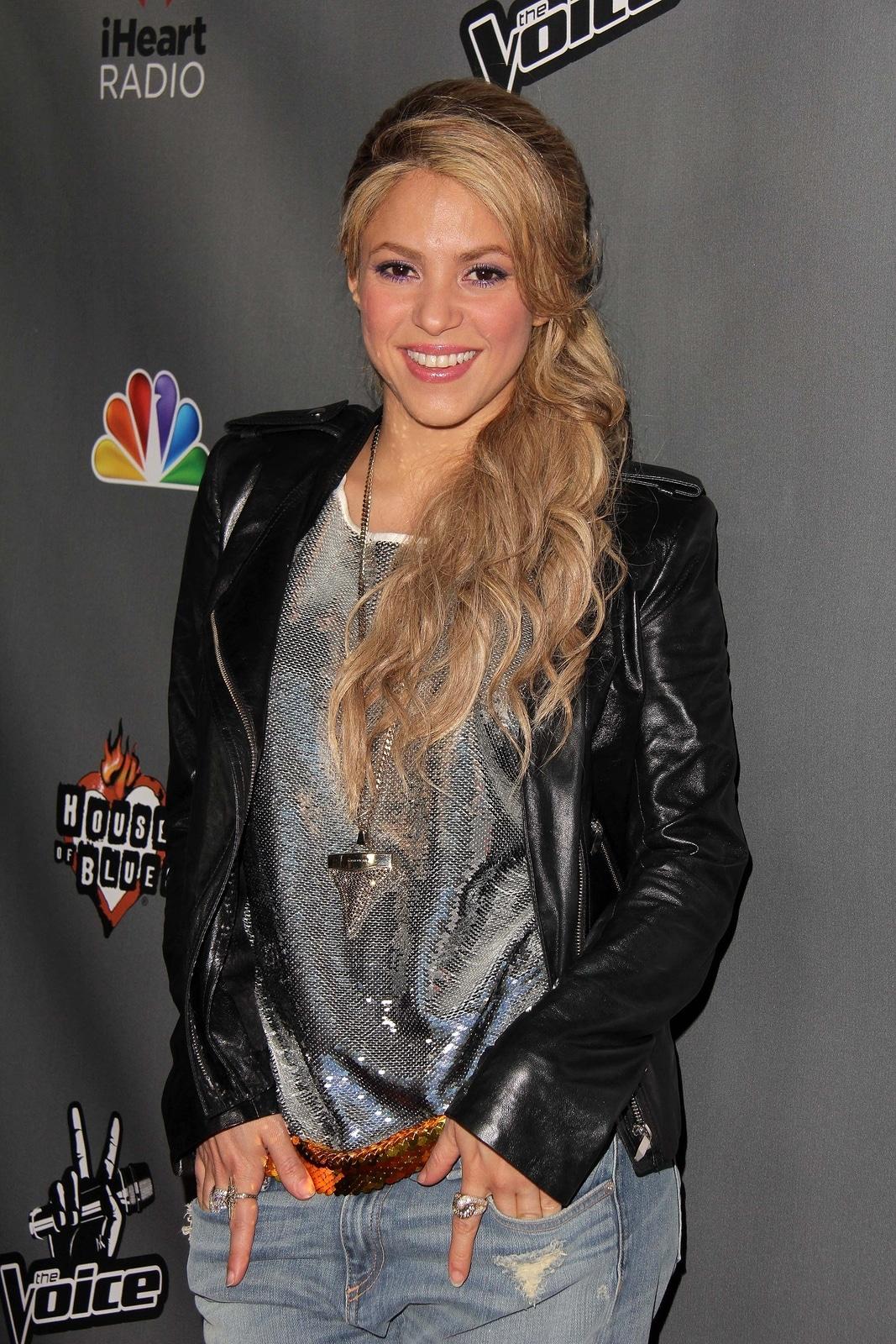 Shakira siempre preocupada por la educación de sus hijos