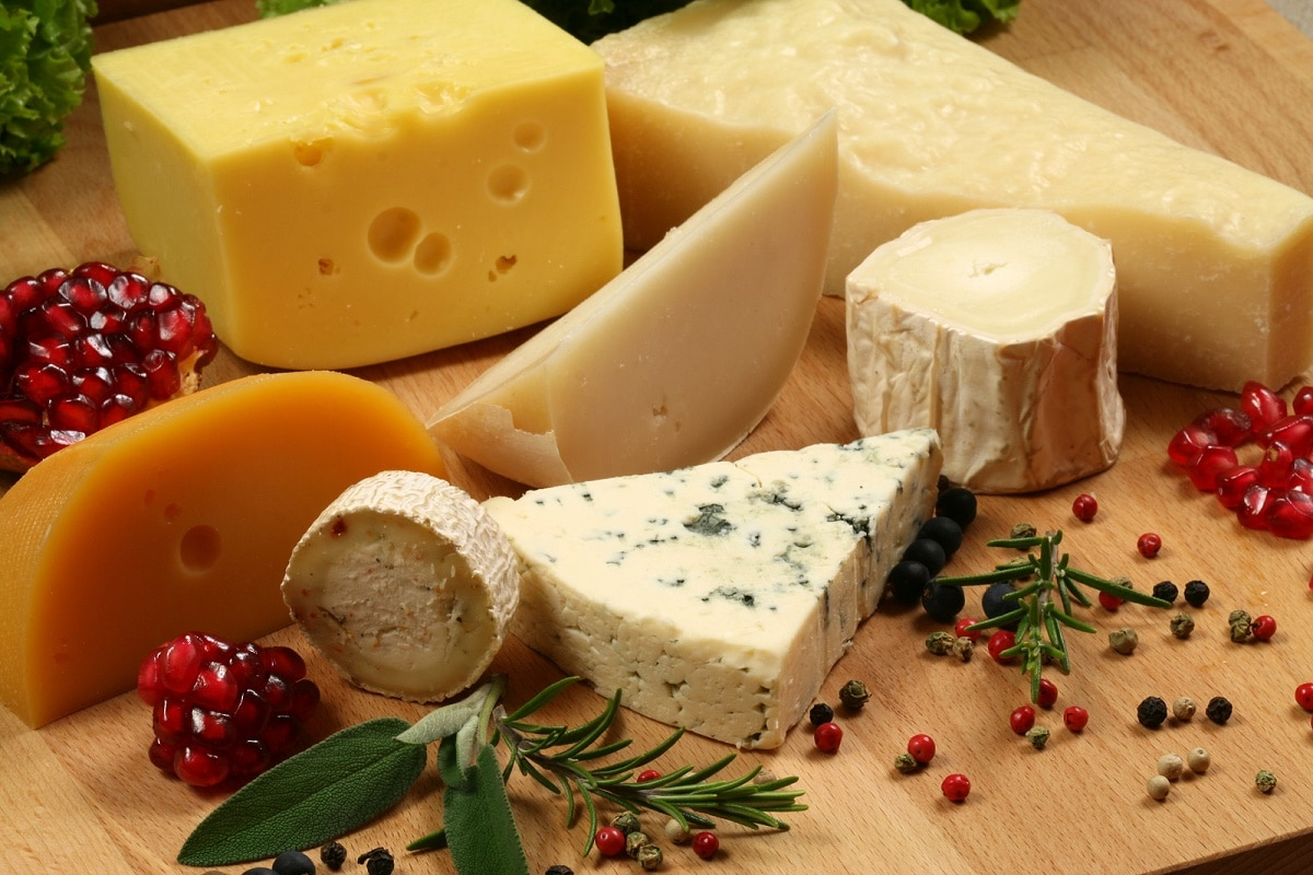 peligro de comer queso en exceso