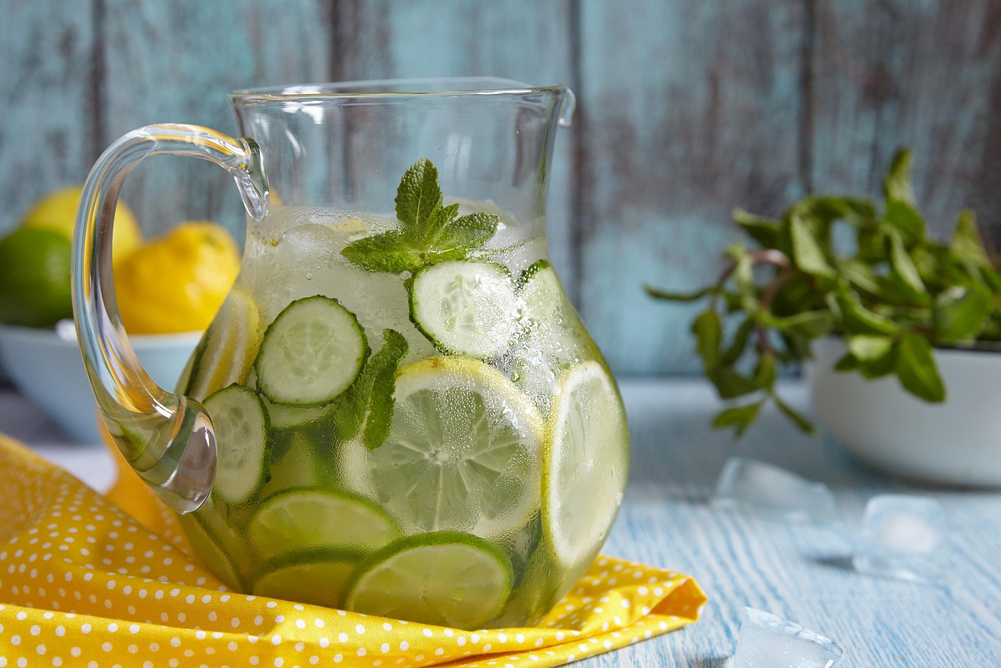 3 bebidas para mantener un vientre plano