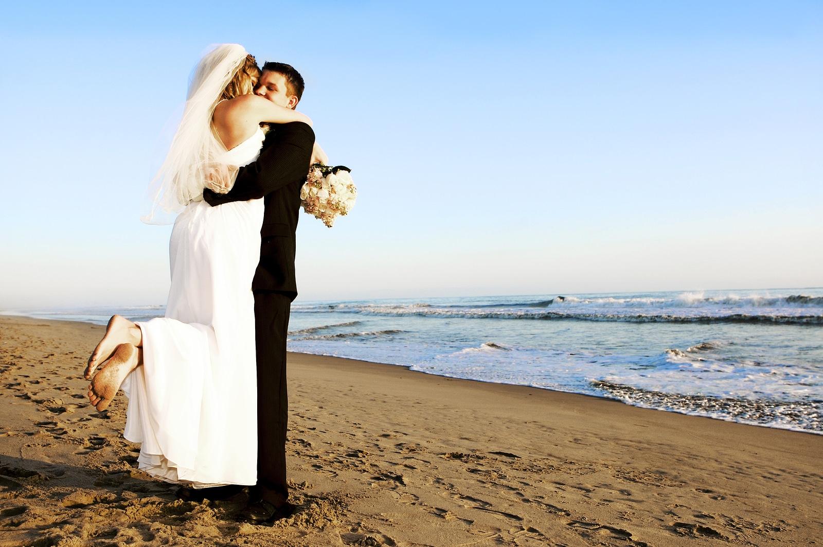 Celebra tu boda en la playa con Hacienda Encantada