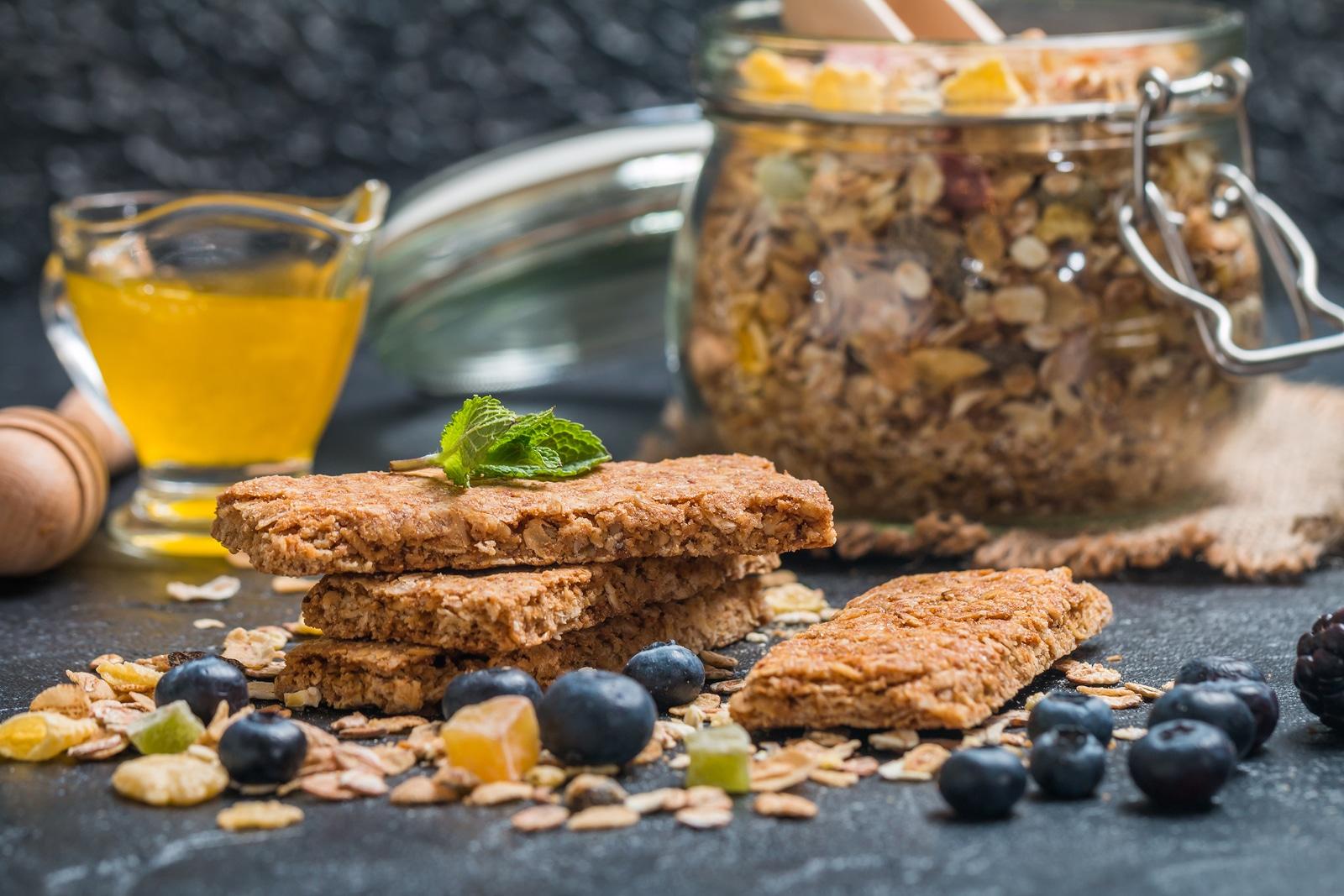 ¿Cómo preparar granola saludable?