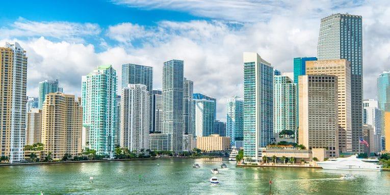 Tus Vacaciones en Línea te Invita a Viajar el Soleado Florida. Miami