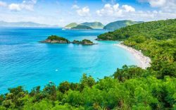 vacaciones en las islas virgenes, islas vírgenes de los estados unidos, saint john, playas en saint john, playa trunk bay, playa leister bay, playa cinnamon bay