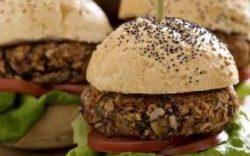 hamburguesas vegetarianas, hamburguesas de legumbres y cereales, receta para hacer hamburguesas sin carne, hamburguesas caseras sin carne picada, hamburguesa a base de plantas, receta de hamburguesa a base de plantas, recetas de comidas a base de plantas, recetas plant based, receta basada en plantas, platos a base de plantas