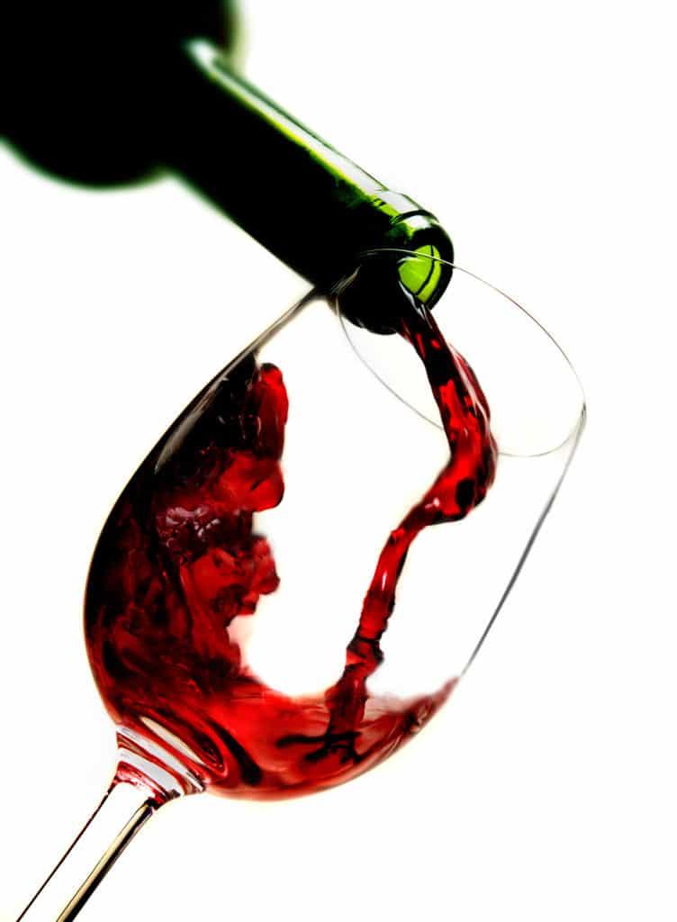 tomar vino despues de hacer ejercicio, tomar vino tinto después del gym, beneficios de tomar vino, beneficios de tomar vino blanco, vino tinto beneficios y contraindicaciones, beneficios del vino tinto en la noche, desventajas del vino tinto,