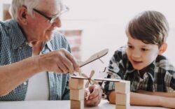 negocios para una persona jubilada, ideas de trabajo para jubilados, en que puede trabajar un jubilado, a que puede dedicarse una persona jubilada