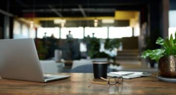 espacio de trabajo tranquilo, espacios de trabajo ergonomía, espacio de trabajo adecuado, mejorar espacio de trabajo, ideas para mejorar el trabajo en la oficina
