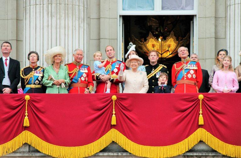 principe harry, príncipe harry y meghan, meghan markle, principe felipe de edimburgo, principe felipe funeral, familia real britanica